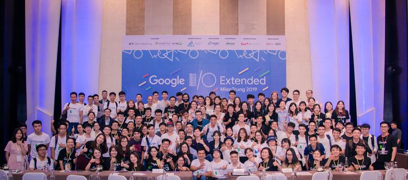Thành viên tham dự GOOGLE I/O EXTENDED MIENTRUNG 2019