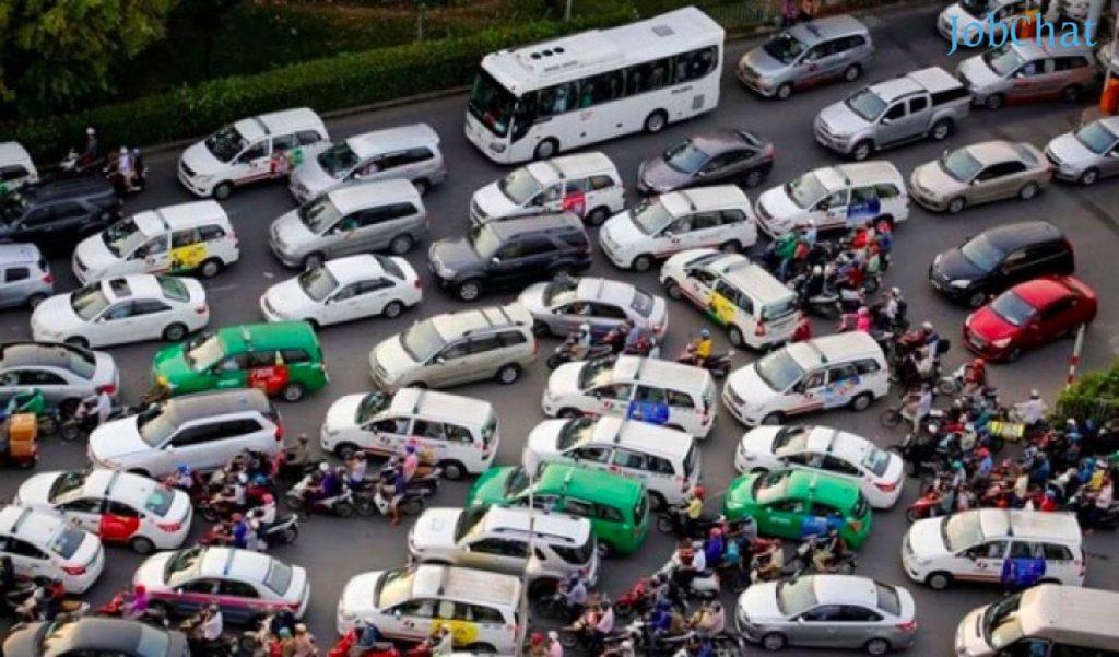 Cuộc chiến giữa taxi truyền thống và taxi công nghệ