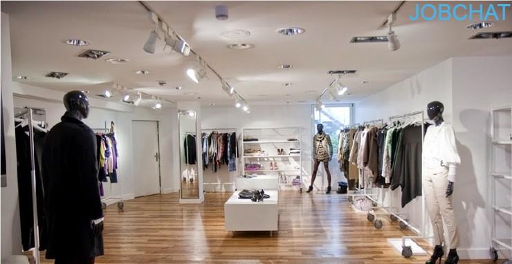 nghệ thuật trang trí cửa hàng quần áo
