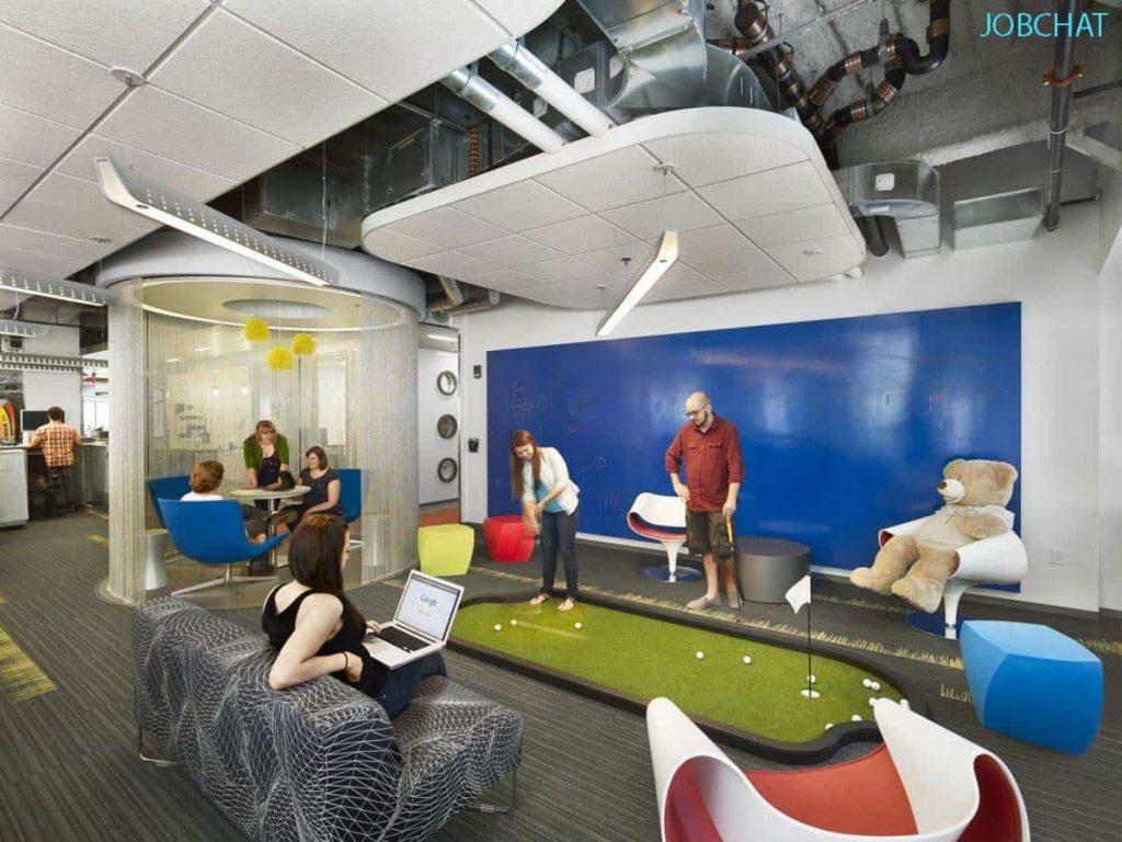 Có khu vui chơi hoặc phòng ngủ trong công ty